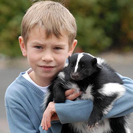 Jonathan Felgate and skunk