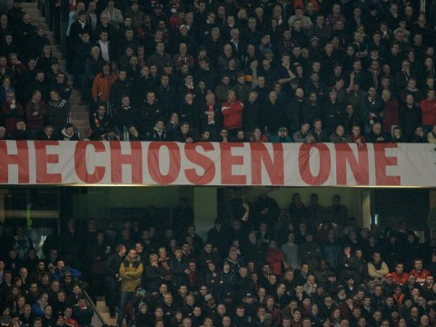 David Moyes' 'Chosen One' banner removed as Ryan Giggs prepares for first game as Manchester United boss