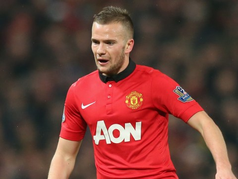 Everton plot £6million raid for Manchester United's Tom Cleverley