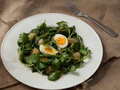 How to make egg and watercress salad