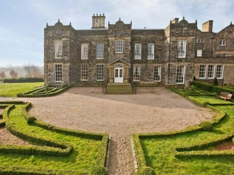 Robin's neighbour-Hood: £1.3m home 'has hero buried in back garden'