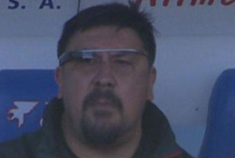Atletico Madrid coach German Burgos uses Google Glass during Getafe victory