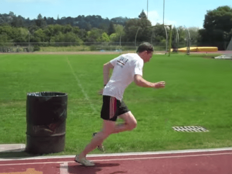 Brew-tal: American man downs beers while running a mile in under five minutes