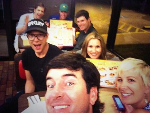 Masters 2014: Bubba Watson celebrates victory at Augusta with visit to Waffle House