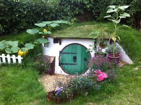 Who lives in a hobbit hole like this? You can!