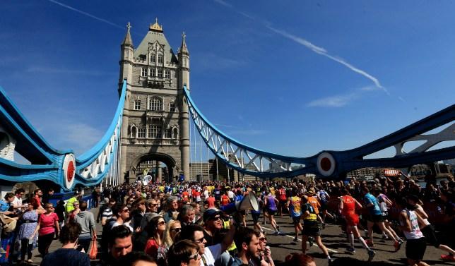 London marathon, Tower Bridge