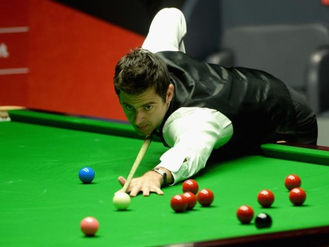 Ronnie O'Sullivan three frames in front of Mark Selby in World Snooker Championship final