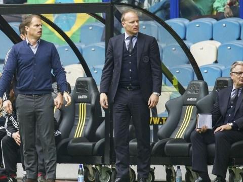 Join Tottenham with Frank De Boer? For God's sake, Dennis Bergkamp, don't do it