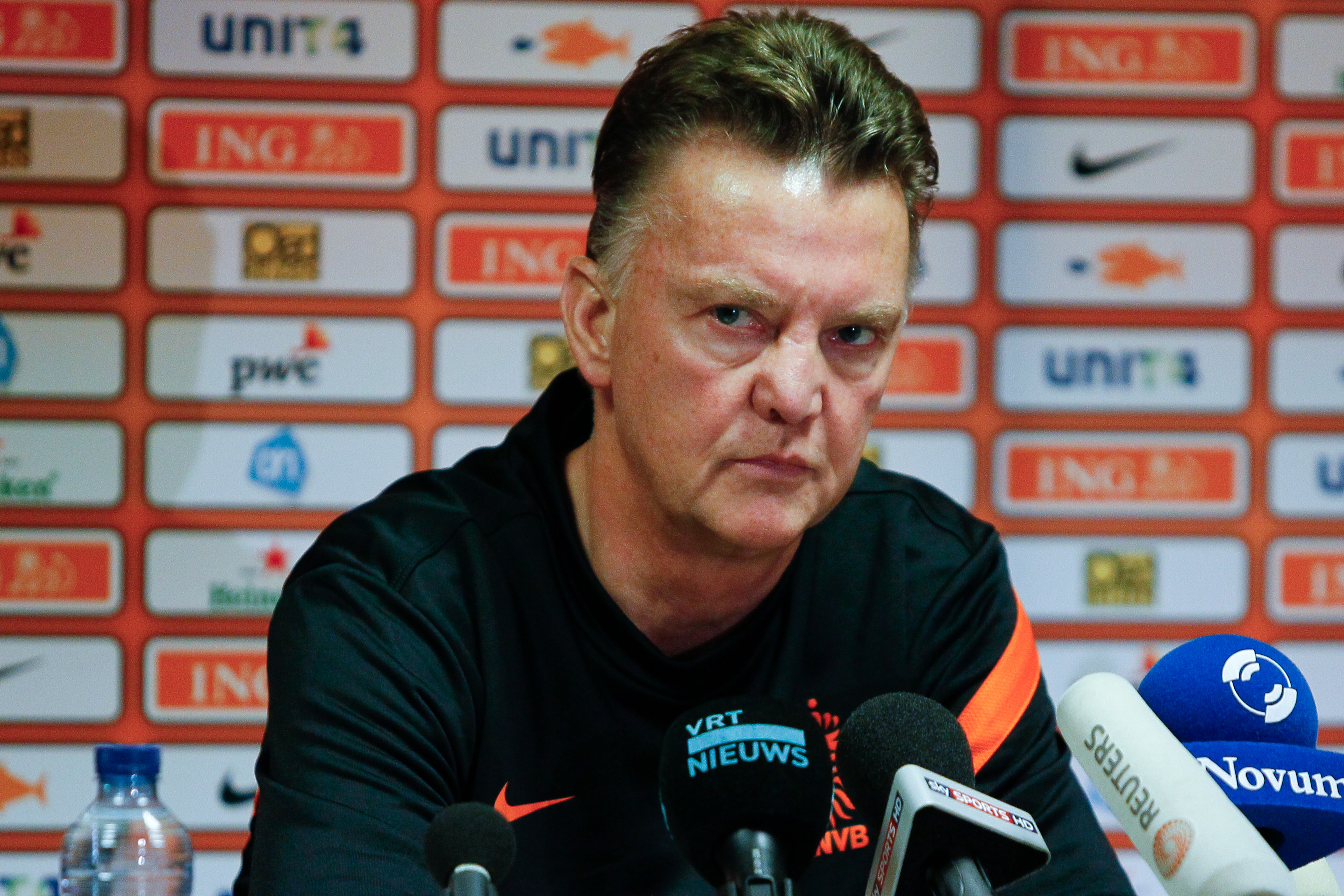 It's true! Louis van Gaal DID drop his trousers in front of players during row