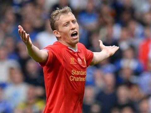Lucas Leiva trolls Liverpool fan on Twitter after awkward transfer tweet
