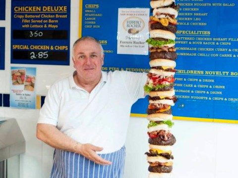 'Pie-scraper' baked for chompion eaters only: Challengers face a bun fight with the 30,000-calorie burger to top them all