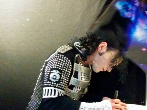 Michael Jackson fan captures singer's 'ghost' on camera at king of pop tribute act
