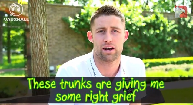 Gary Cahill has been learning some useful phrases (Picture: YouTube)