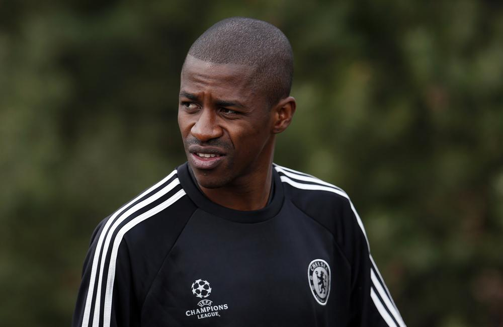 Chelsea to announce new four-year contract for Brazilian midfielder Ramires – report