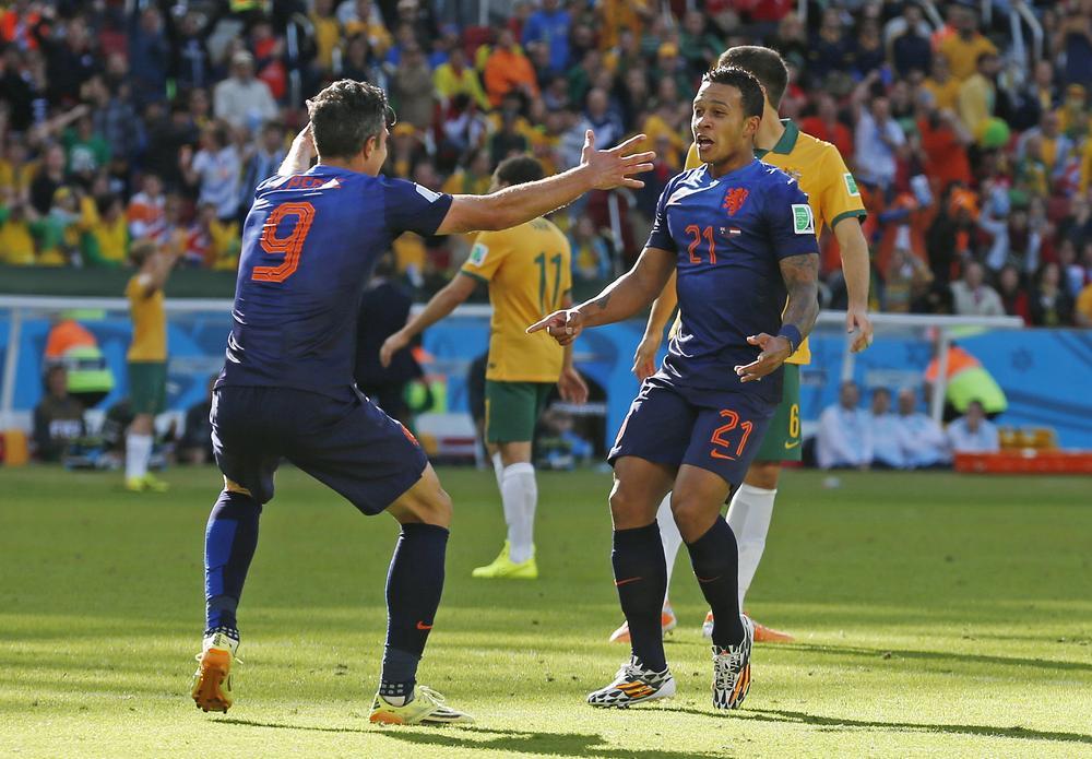 Super-sub Memphis Depay inspires Netherlands comeback