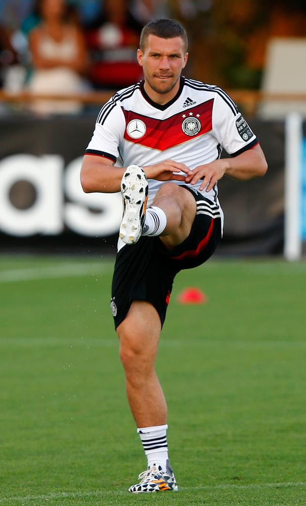 Is Lukas Podolski the right man to replace Marco Reus in Germany team?