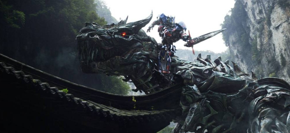 No Merchandising. Editorial Use Only. No Book Cover Usage.. Mandatory Credit: Photo by c.Paramount/Everett/REX (3847278e).. Grimlock, Optimus Prime.. Transformers: Age of Extinction - 2014.. ..