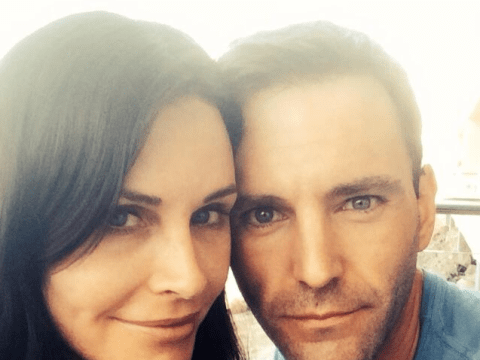 Courteney Cox engaged to Snow Patrol's Johnny McDaid, celebrates with a selfie