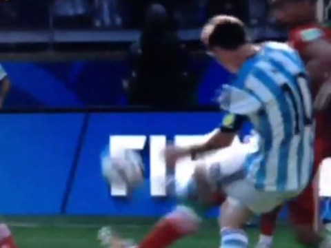 Lionel Messi solo goal sinks Iran in World Cup 2014