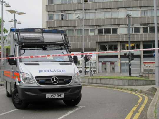 East Croydon illegal rave: Teen dies after event a Cherry Orchard Road