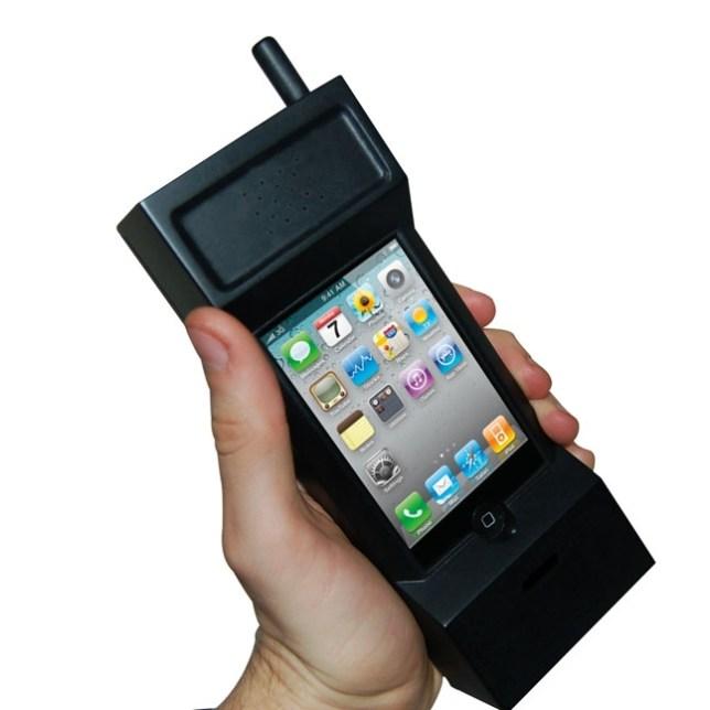 thu226_80s_Retro_iPhone_Case_1