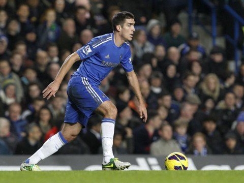 Chelsea tie down Spanish midfielder Oriol Romeu to new deal