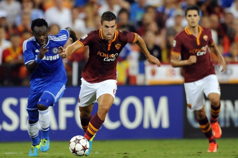 Manchester United dealt January transfer blow as Roma rule out Kevin Strootman departure