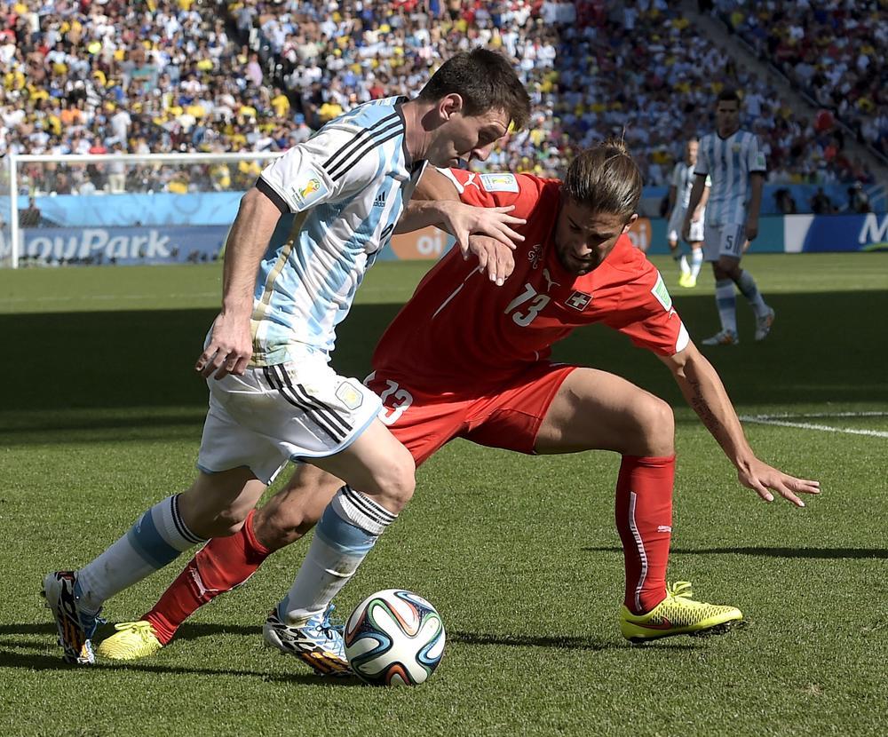 Manchester United 'make concrete Ricardo Rodriguez transfer offer'