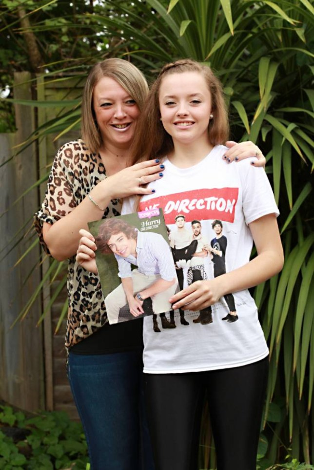 Delighted Laura Yeates, 15, with her mother Carly (Picture: Sean Dempsey/Metro)