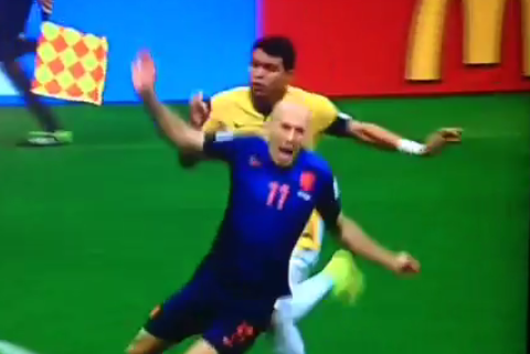 How did Brazil defender Thiago Silva not get sent off for this?