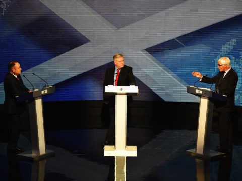 Alex Salmond and Alistair Darling clash in live Scottish independence TV debate