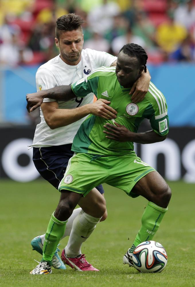 Could Sunderland sign Chelsea's Victor Moses instead of Liverpool's Fabio Borini?