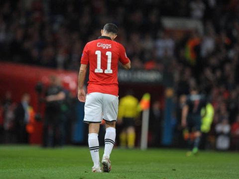 Adnan Januzaj handed Ryan Giggs' legendary Manchester United no.11, fans are slightly concerned