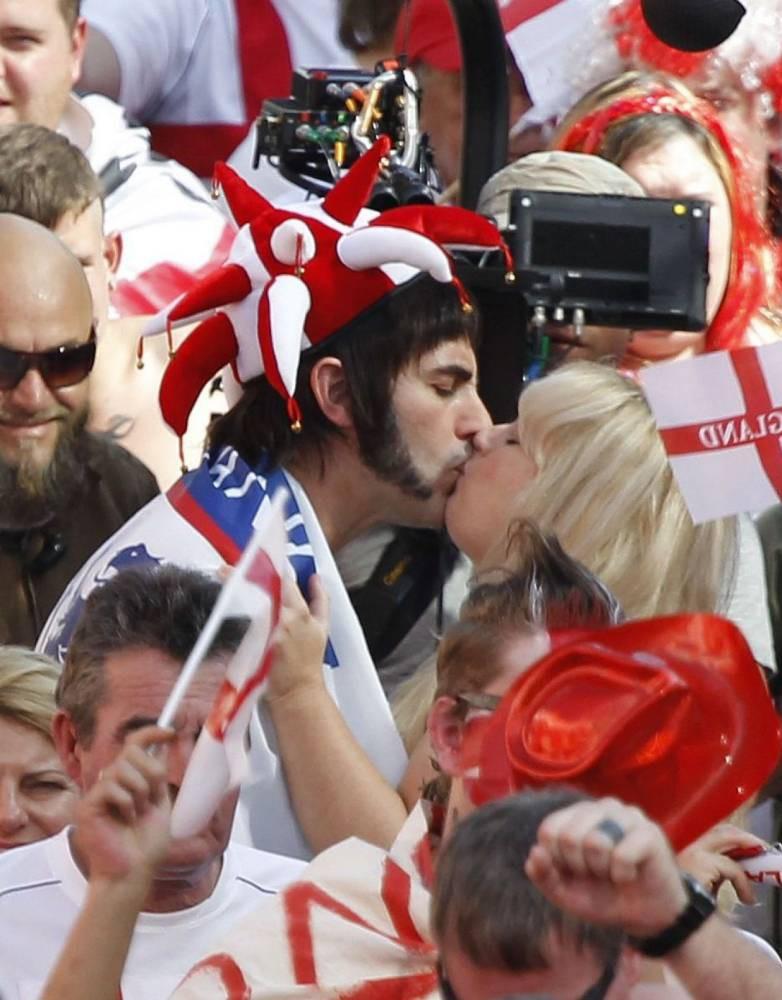 Sacha Baron Cohen and Rebel Wilson share kiss on set of new movie