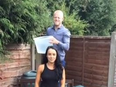 Everton attacker Steven Naismith gives his wife a soaking in ice bucket challenge