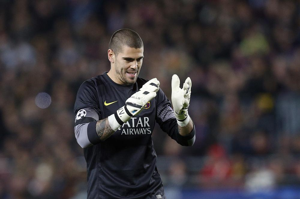 Will Liverpool sign Victor Valdes as competition for Simon Mignolet?