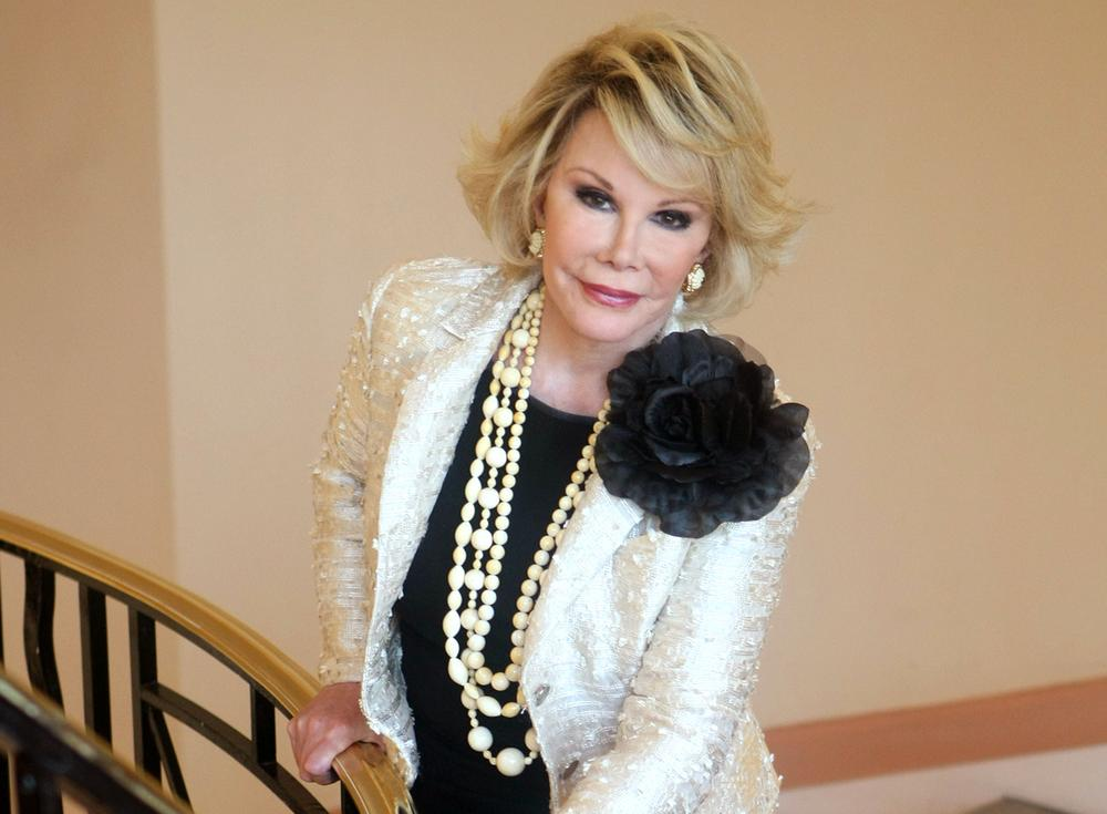 Did Joan Rivers' doctor take a selfie during throat procedure?