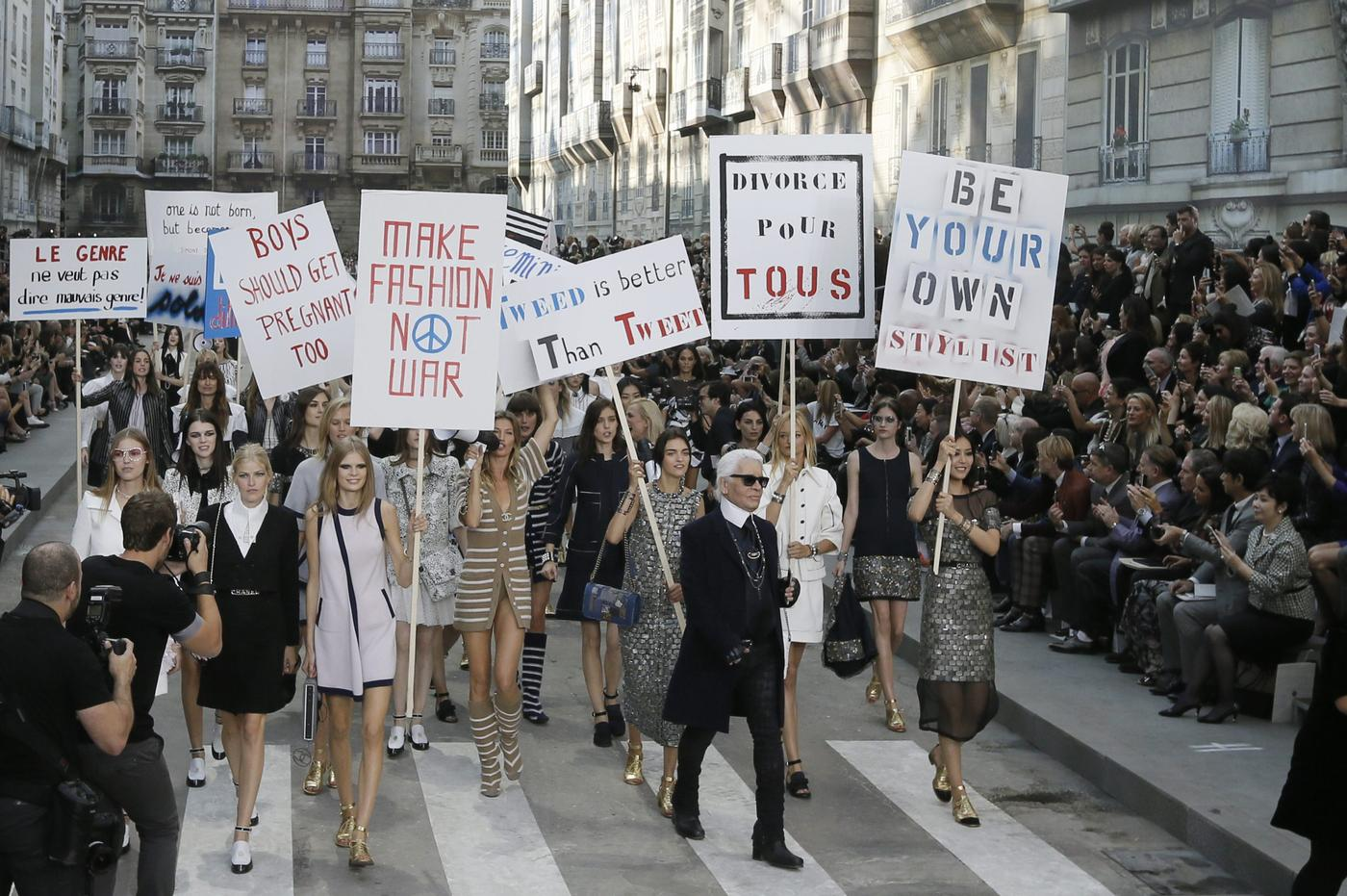 Karl Lagerfeld stages women's rights demo on the catwalk for Chanel SS15 at Paris Fashion Week