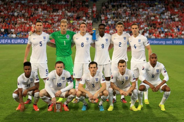 England's Gary Cahill (back, left to right), Joe Hart, Phil Jones, Danny Welbeck, John Stones, Jordan Henderson, (front, left to right) Raheem Sterling, Wayne Rooney, Leighton Baines, Jack Wilshere and Fabian Delph line up for a team photograph before kick-off of the UEFA Euro 2016 qualifying, Group E match at the St Jakob-Park Stadium, Basel. PRESS ASSOCIATION Photo. Picture date: Monday September 8, 2014. See PA story SOCCER England. Photo credit should read: Mike Egerton/PA Wire. Use subject to FA restrictions. Editorial use only. Commercial use only with prior written consent of the FA. No editing except cropping. Call +44 (0)1158 447447 or see www.paphotos.com/info/ for full restrictions and further information.