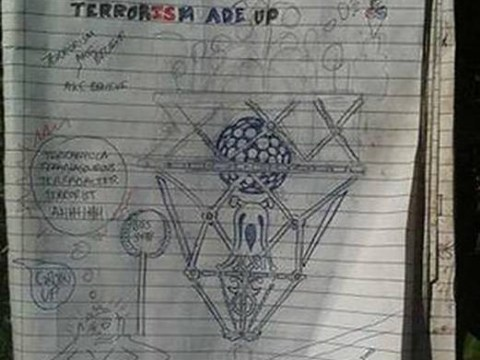 Man thrown off plane for notepad doodles