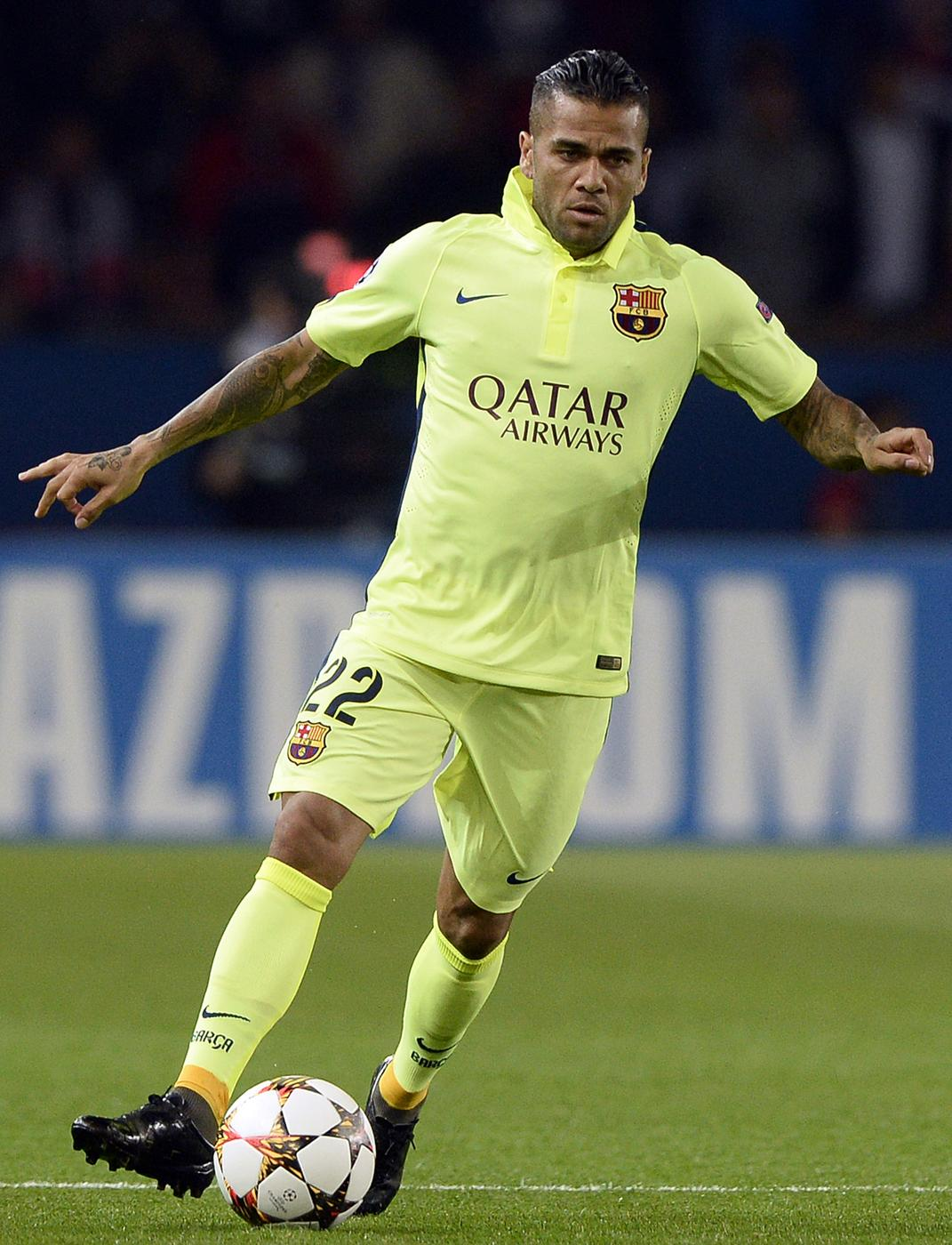 Chelsea, Liverpool and Manchester United to be dealt transfer blow with Dani Alves 'set to sign Barcelona contract extension'