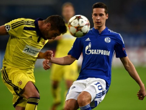 Julian Draxler is a perfect Arsenal signing but he should not replace Mesut Ozil