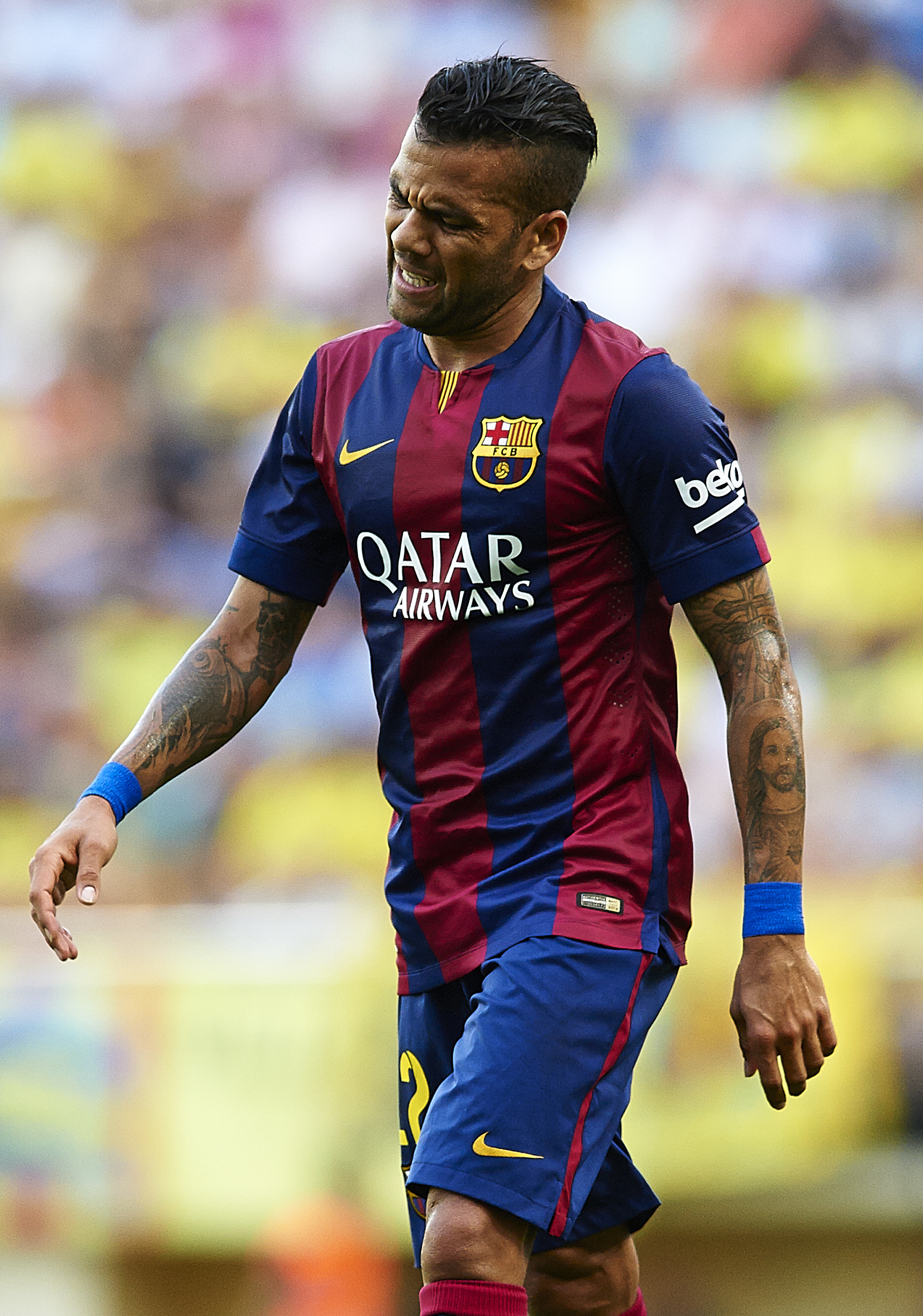 Manchester United and Arsenal fans look away: Error from Barcelona's Dani Alves gifts Malaga early lead in La Liga clash