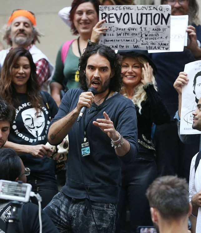 Mayor of London 2016: Please Russell Brand, save us from the politicians