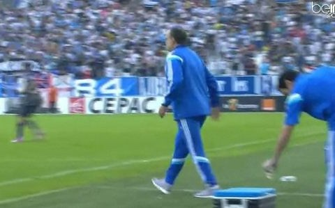 Marseille boss Marcelo Bielsa burns his bum in coffee prank