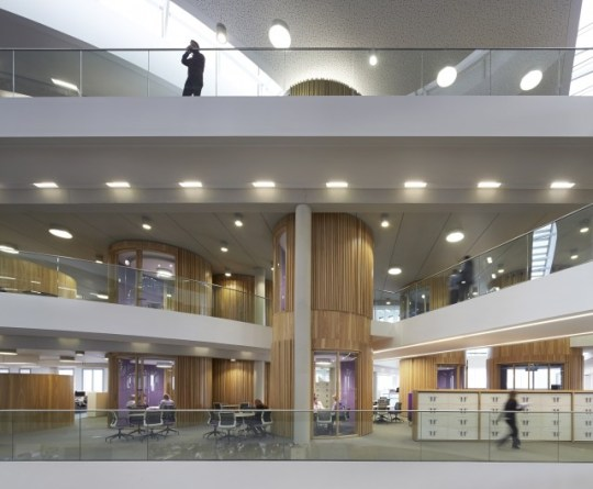 Commercial Workplace: One Eagle Place, London