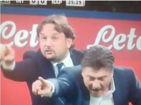 Walter Mazzarri gives instructions during Inter Milan game, comically copied by assistant