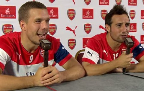 Lukas Podolski and Santi Cazorla commentate on Arsenal match, get distracted by Olivier Giroud's hair