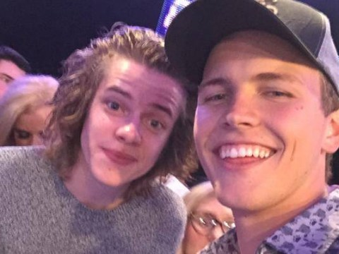 Incredible Harry Styles lookalike at the MTV EMAs 2014 gets fans hopes up