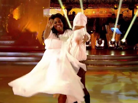 Strictly Come Dancing 2014: Here's the moment when Alison Hammond's sleeves developed a mind of their own